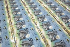 New $10 note causes a stir