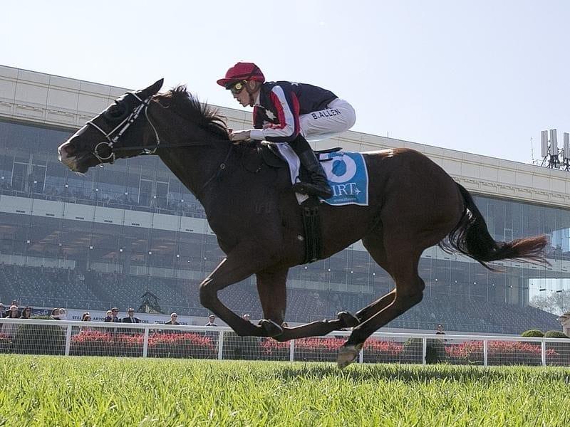 Ben Allen rides Waging War to victory