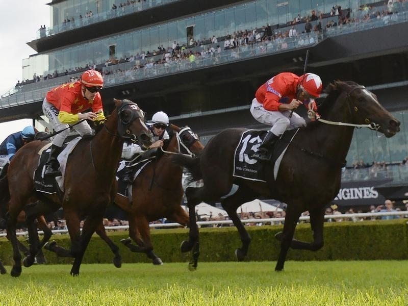 Seabrook ridden by Damien Oliver (right)