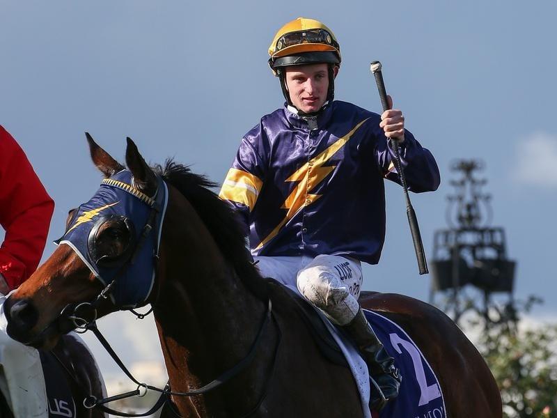 Jockey Michael Poy returns to scale on Milwaukee