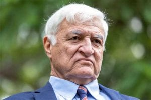 Australian politician Bob Katter says indigenous Australians should be given rights for online gambling