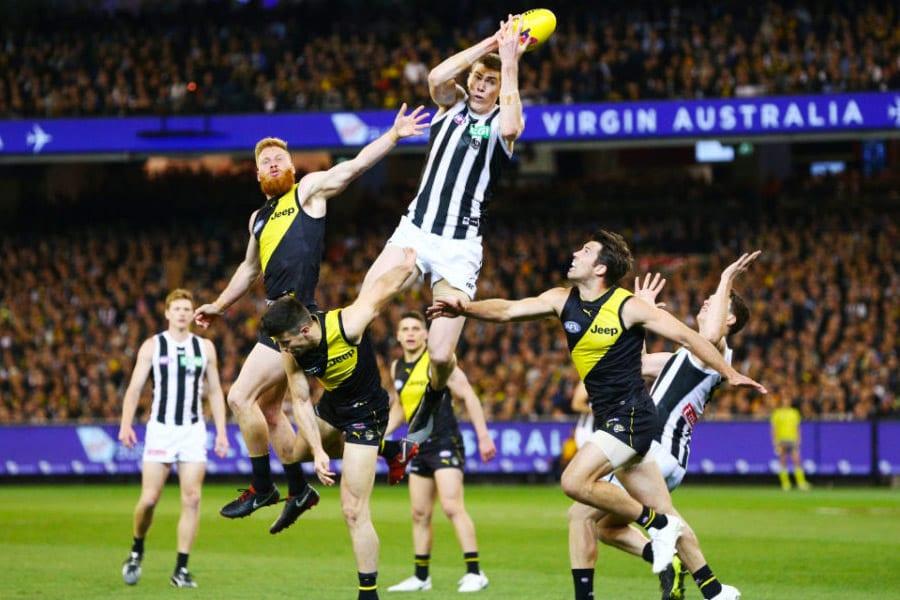 Mason Cox takes a hanger against Richmond